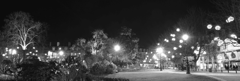 place-gambetta-de-nuit-bordeaux-business