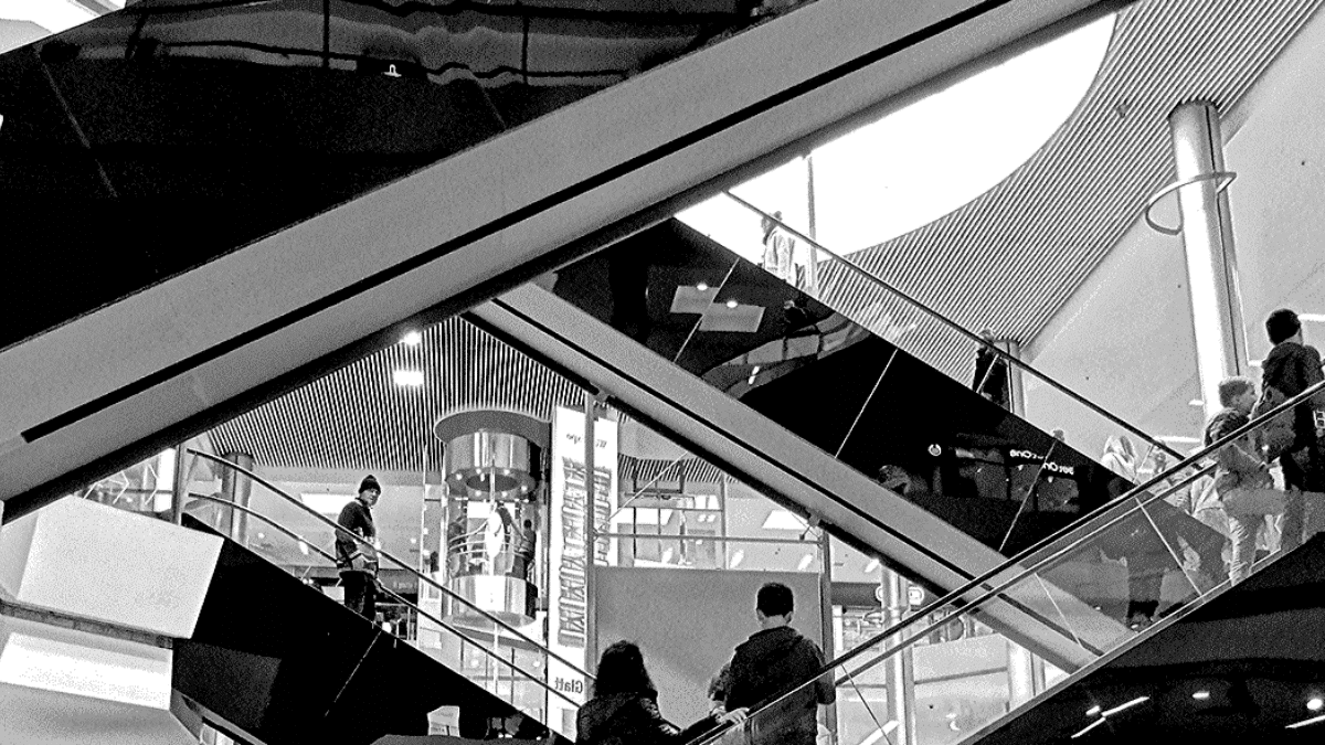 escalator in a commercial area