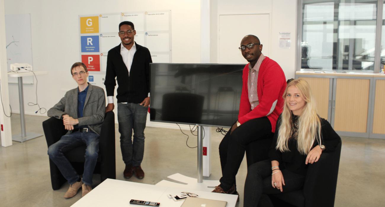équipe de jeunes entrepreneurs