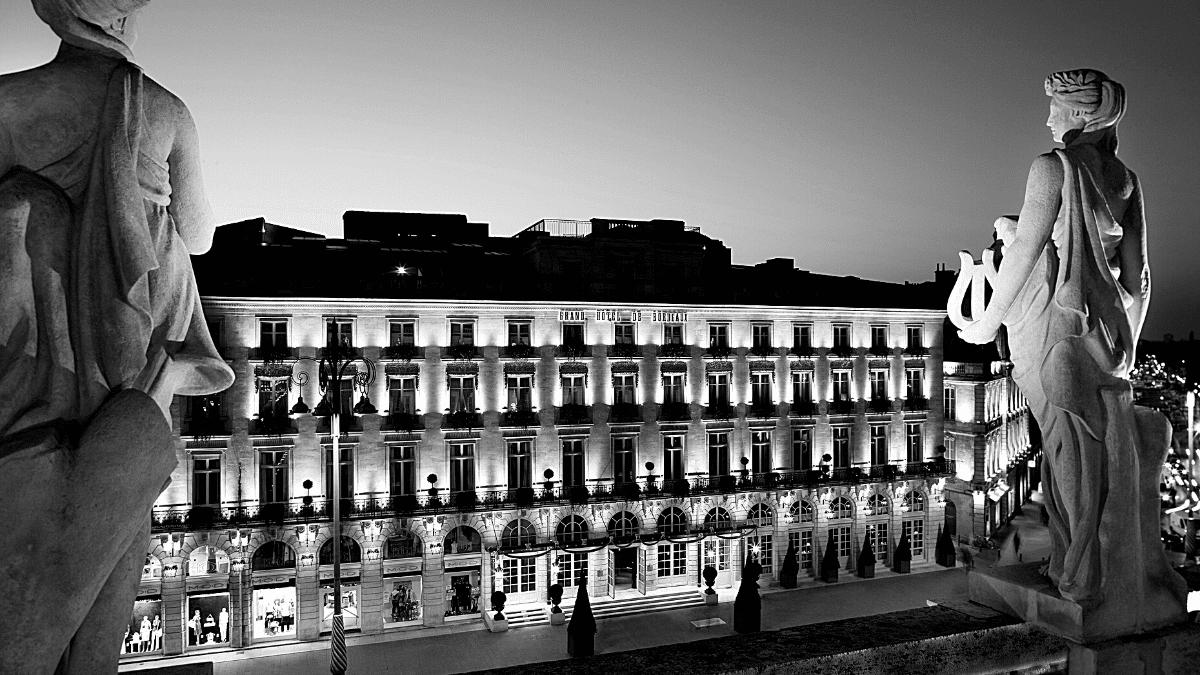 Grand Hôtel de Bordeaux nocturne
