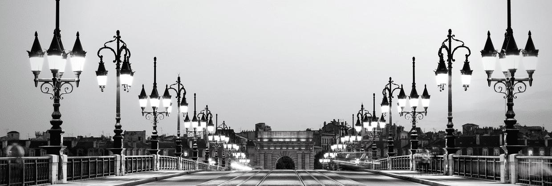 Pont pierre porte Bourgogne Bordeaux business