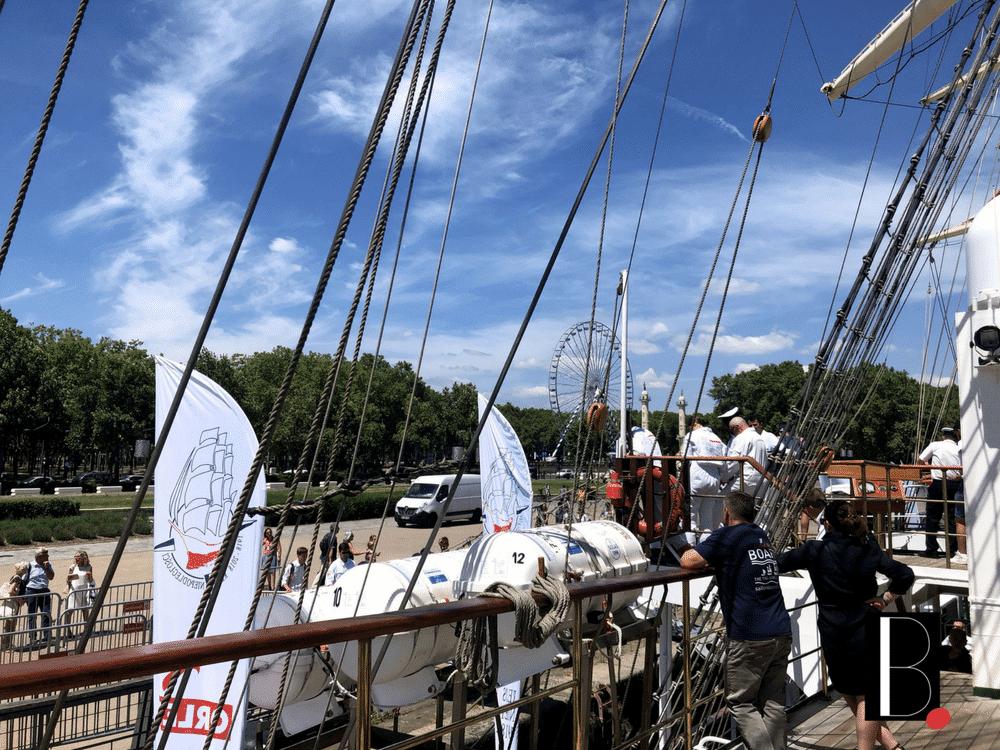 Place des quinconces, Bordeaux-sided docks Dar M-odzie-y Bordeaux Business