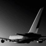 Avion en plein vol vue arrière