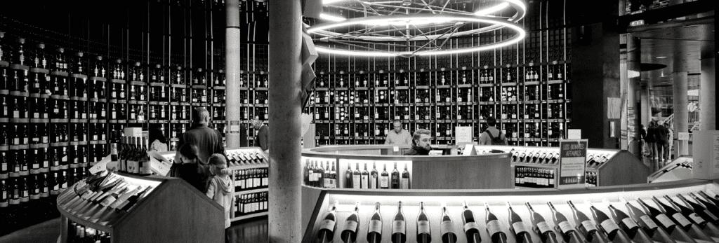 Monument vin Bordeaux Business
