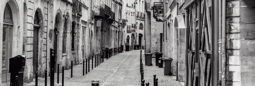 Rue de Bordeaux pavés piéton