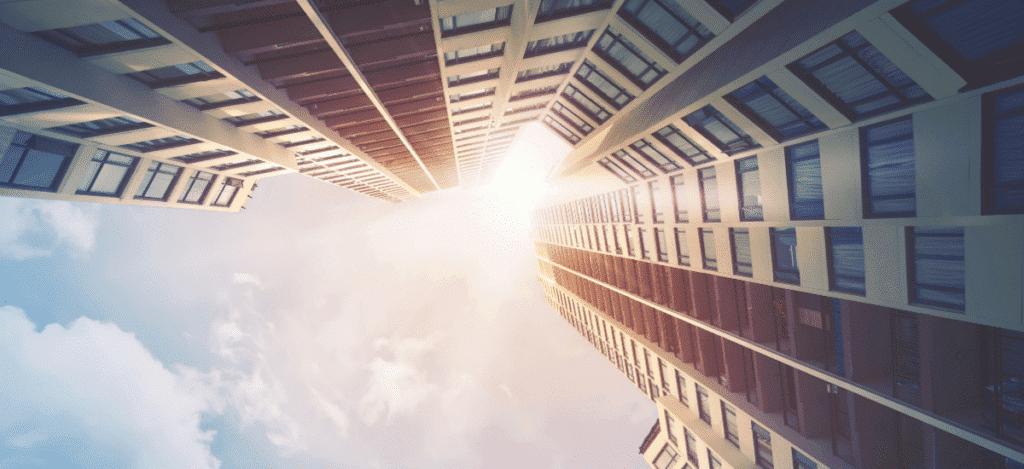 vue en hauteur immeuble gratte ciel