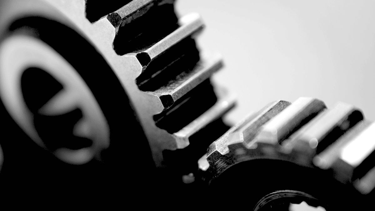 Les roues d'engrenage symbolisent la configuration de plusieurs synergies