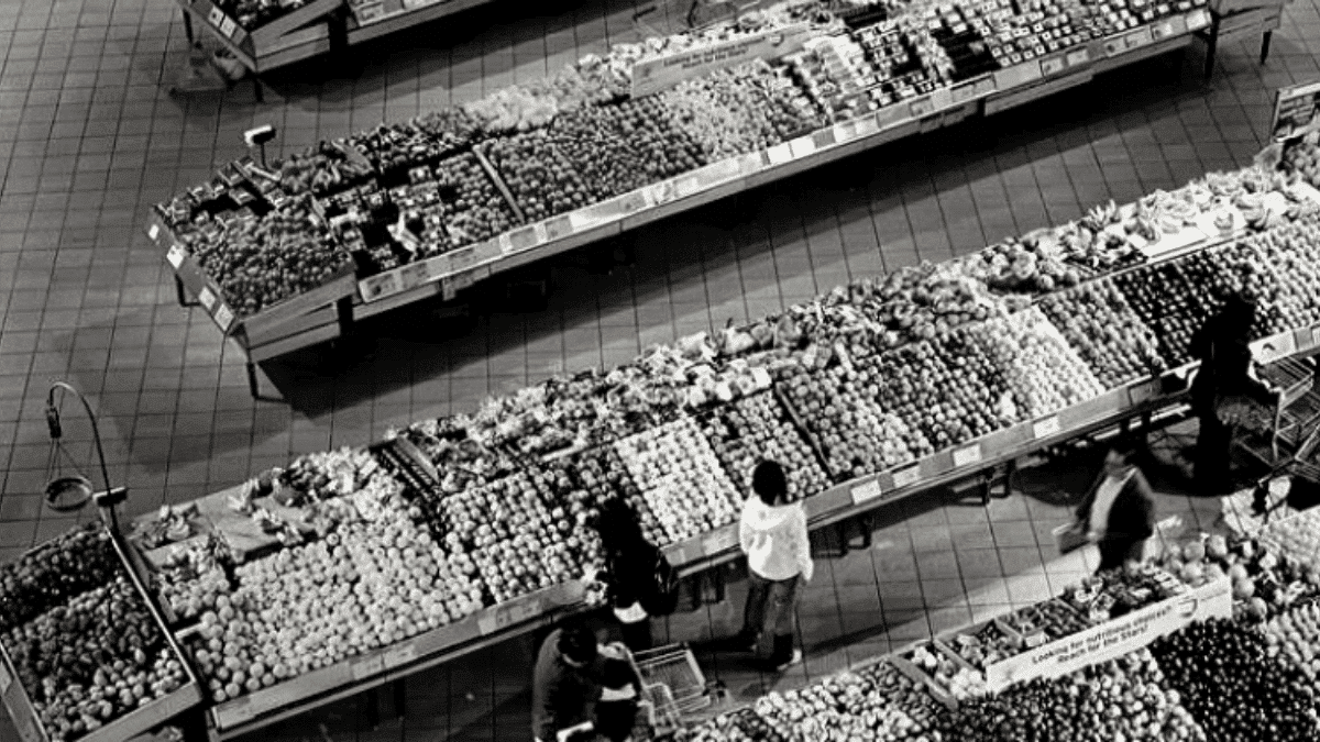 Distribution Rayons supermarché légumes