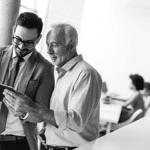 chefs d'entreprises mettant en place des solutions digitales pour maintenir leur activité économique