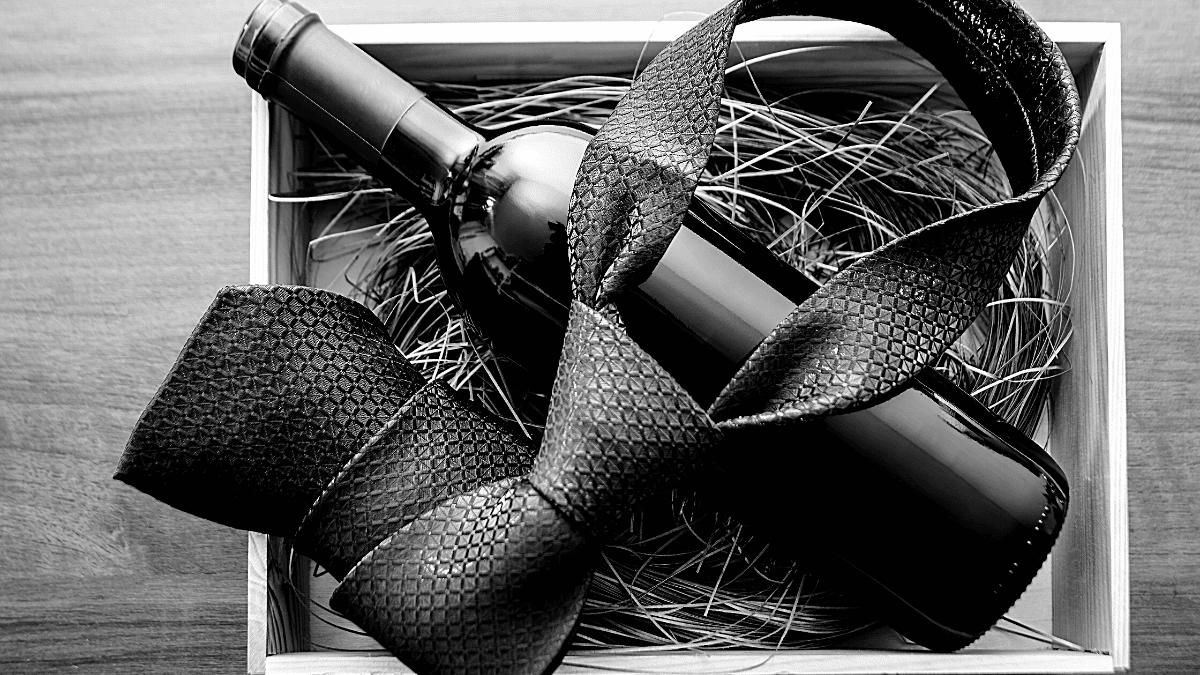 Coffret vin cravate