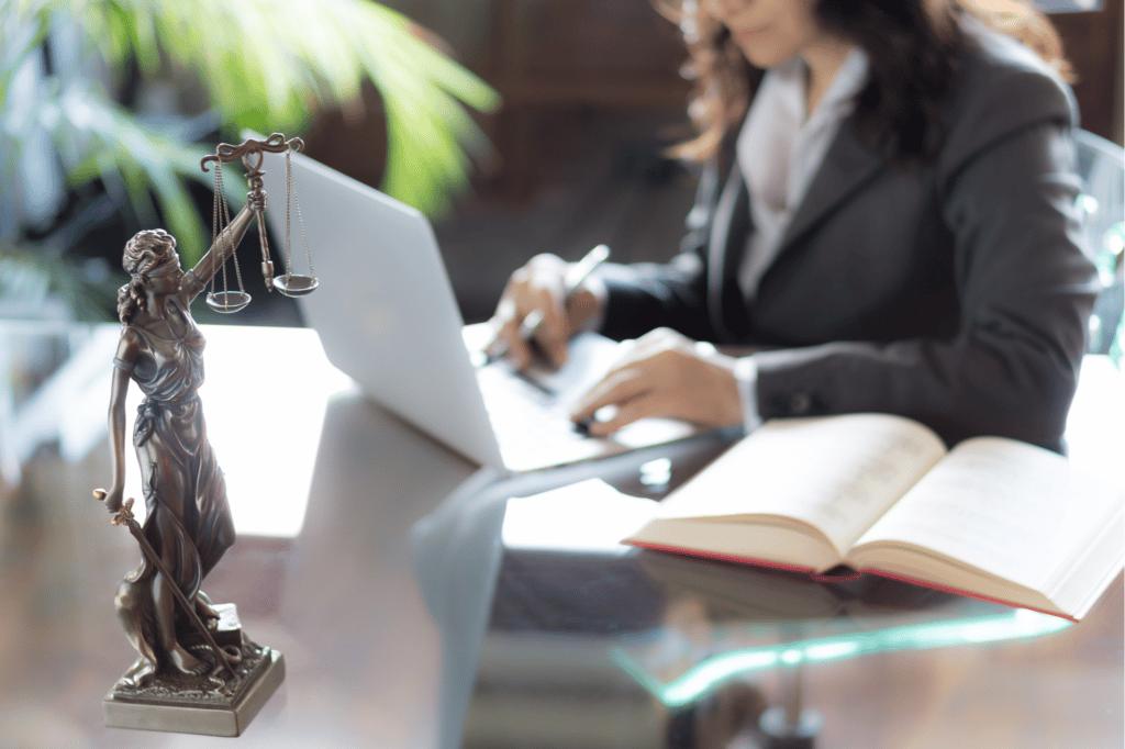 avocat pour création d'entreprise accompagnement et conseil juridique pour start-up