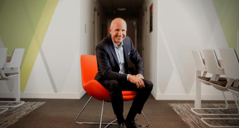 portrait de Christophe Desbois chasseur de tête et fondateur de Human Cap cabinet de recrutement top management à Bordeaux