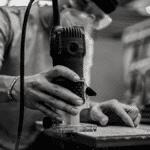 auto-entrepreneur et artisan demandant le fonds de solidarité pour faire face au reconfinement