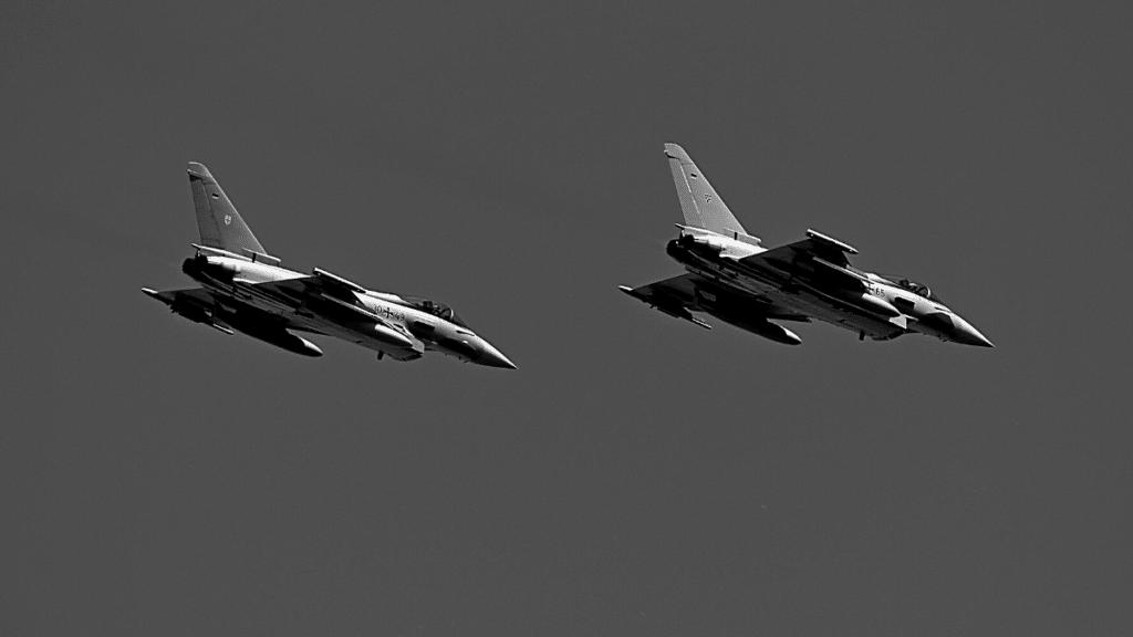 Avion programme défense eurofighter