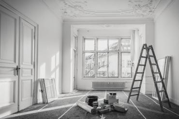Works renovate indoor apartment
