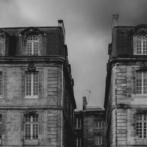eXp France real estate building burgundy