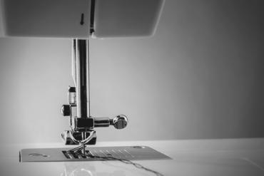 Singer sewing machine mechanism