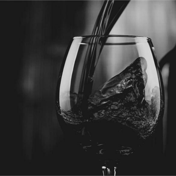 Vin éthique verre de vin rouge