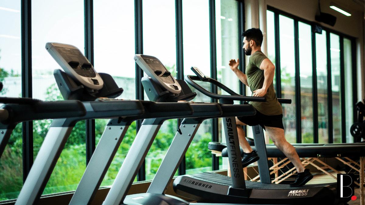 Course à pied fitness salle sport