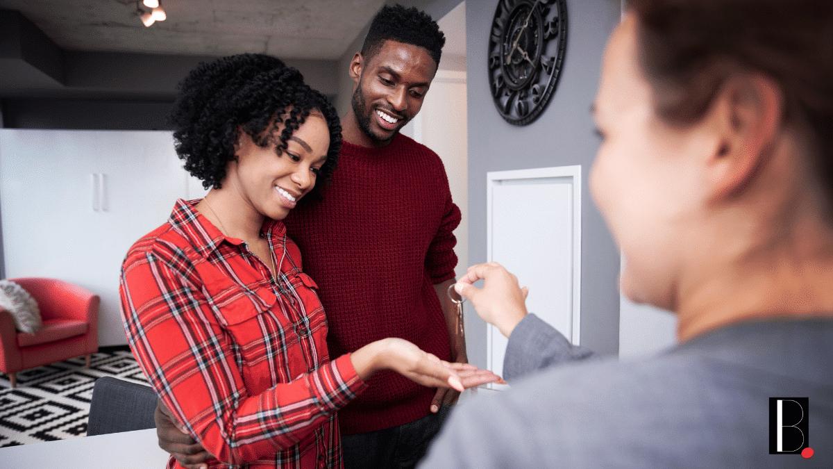 Couple acheteurs investissement immobilier